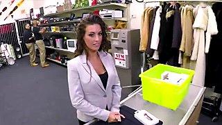 Victoria Banxxx sucks dick for cash