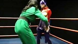 Riddler vs batgirl lesbisch wrestling sex