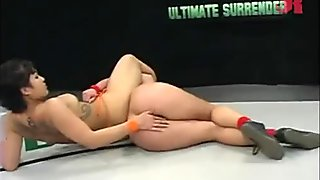 Exotic Dragonlily in a naked sexual wrestling