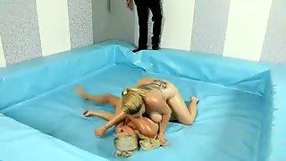 Two huge BBWs Jana & Kristy wrestling